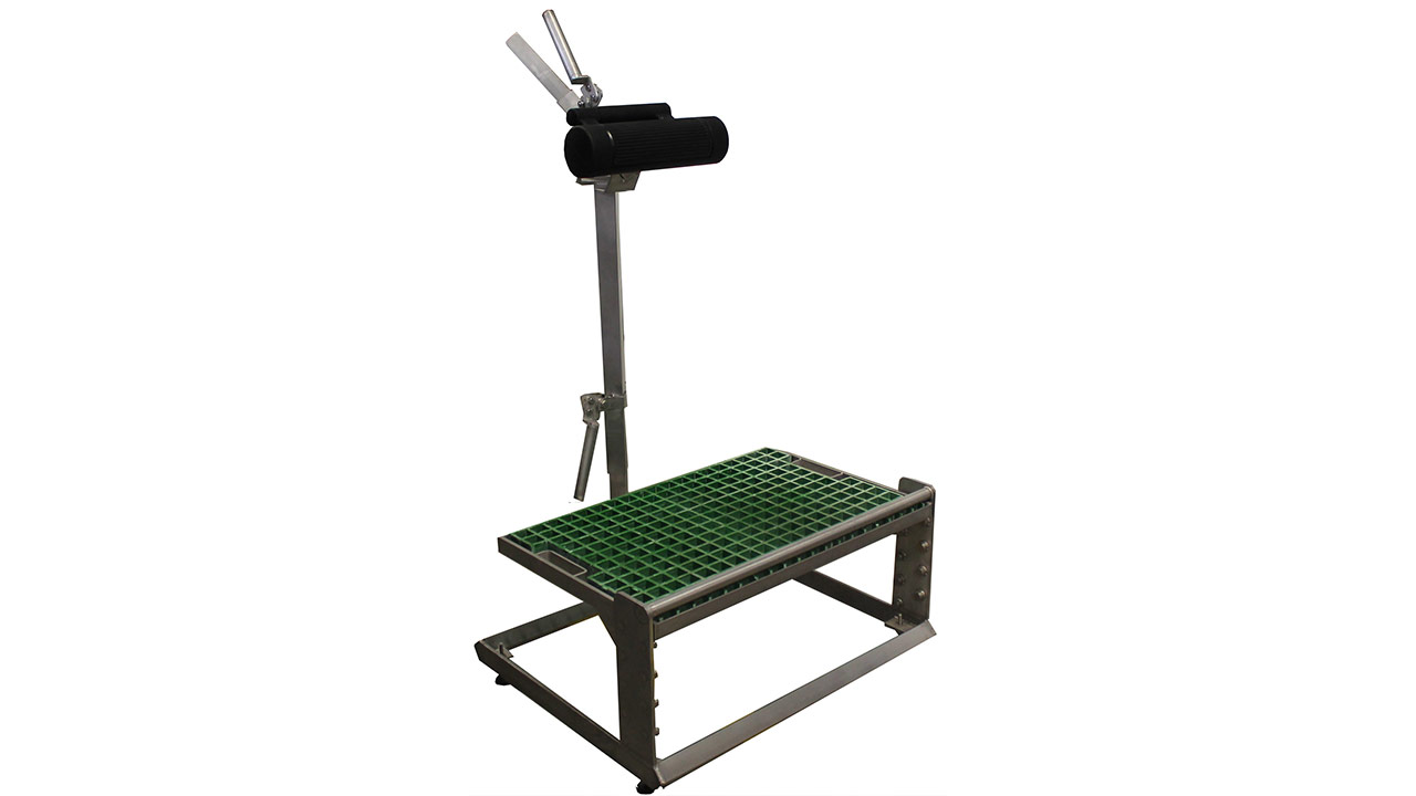 Individual adjustable platform and perch seat